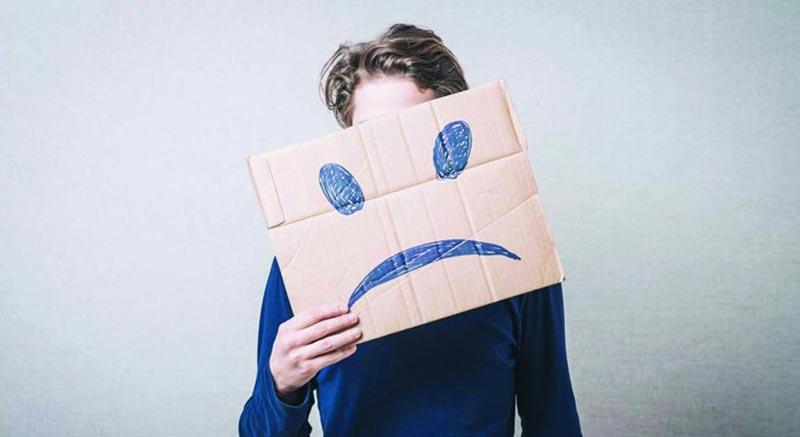 علت افسردگی چیست؟ چه دلایلی باعث میشود ما افسرده باشیم؟