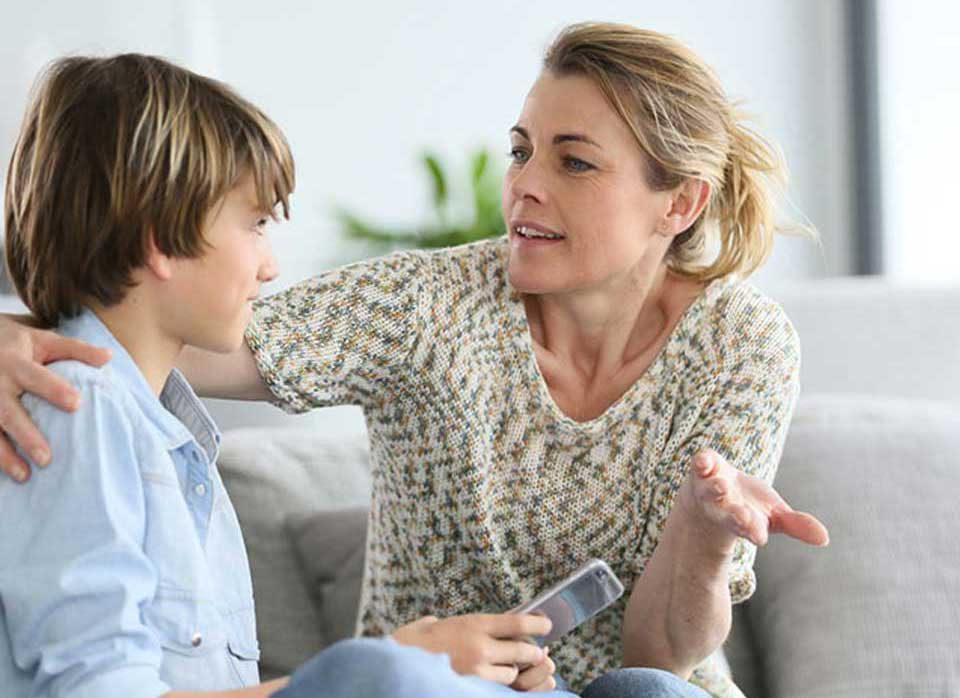 دعوا کردن با کودک چه تاثیری بر رشد و شخصیت او دارد ؟