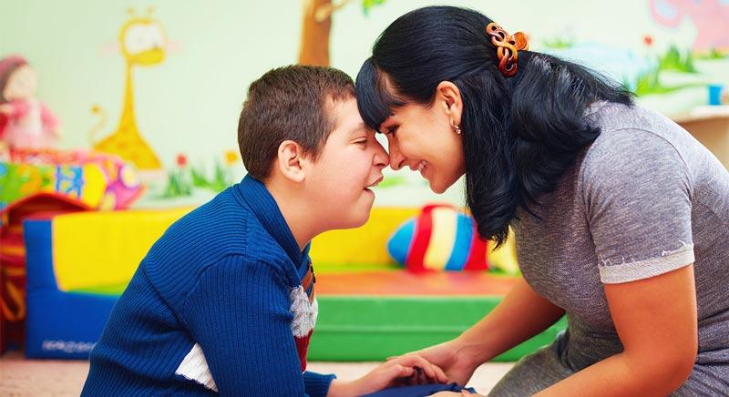 اولین برخورد با یک کودک دچار اوتیسم